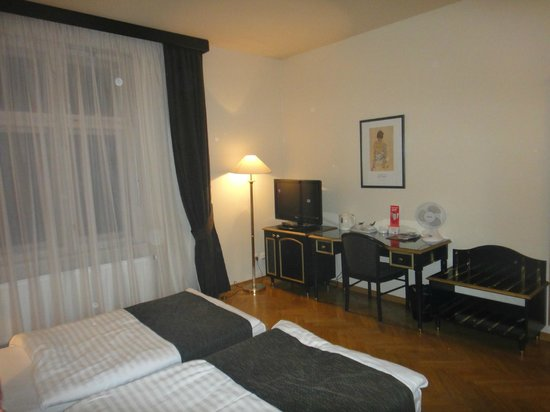 Hotel Elysee: Наша комната
