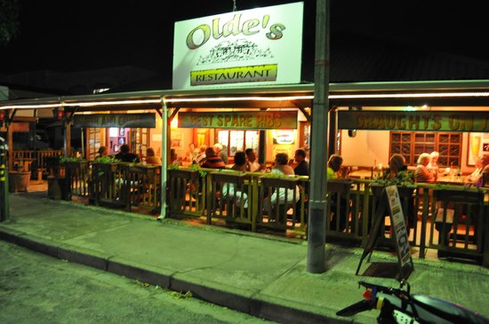 Olde's Pub and Grill: Nice ambiance