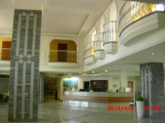 Palm Oasis Maspalomas: Reception area