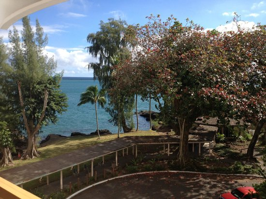 Hilo Naniloa Hotel: View from my room