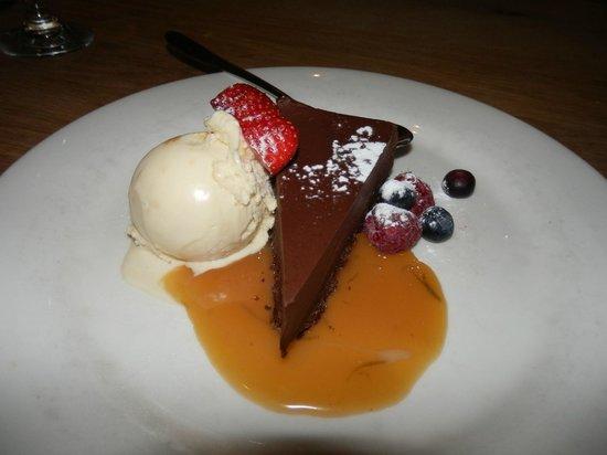 Life's a Beach: Chocolate dessert
