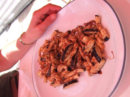 Taperia de Bodeguita: crispy aubergine with honey