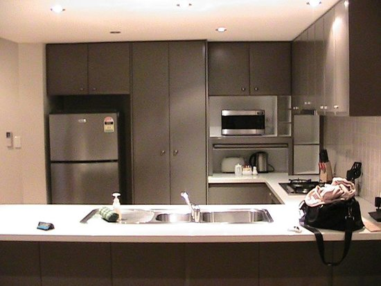 Verandah Apartments Perth: Fully equipped kitchen
