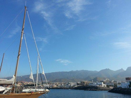 HOVIMA Santa Maria: Exiting the port