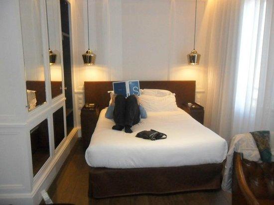 H10 Montcada Boutique Hotel: Chambre
