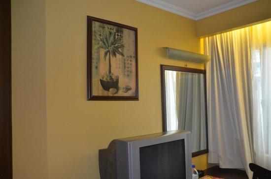 Royal Bellagio Hotel : room decoration