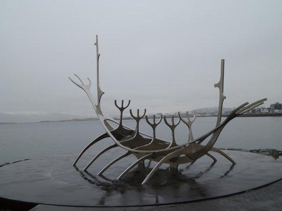 Solfar (Sun Voyager) Sculpture: Sun Voyager