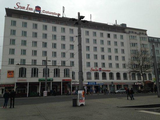 Star Inn Hotel Premium Bremen Columbus : Frant fassade of Hotel