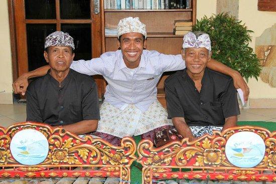 Bali Shangrila Beach Club: Preparing for function & entertainment night.