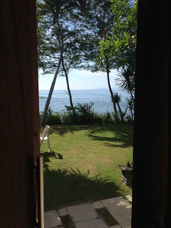 Villa Puri Purnama: Room with a view (oceanfront suite)