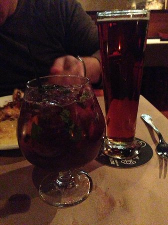 Bonefish Grill: Tom Collins and beer