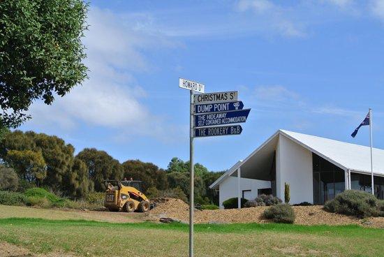 Kangaroo Island Gateway Visitor Information Centre : Directions