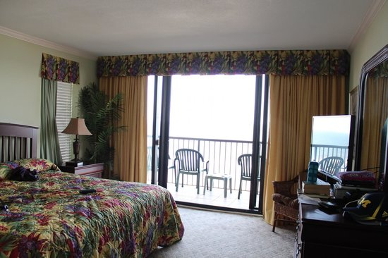 Beach Colony Resort: Room 801