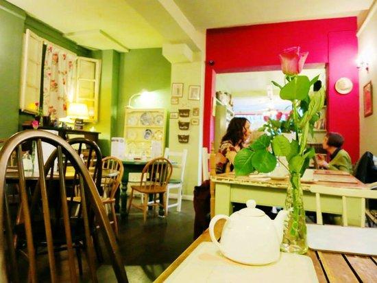 Cafe Bella Maria: Inner Seating