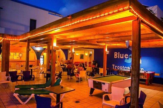 Blue Sea Los Fiscos: Pool bar