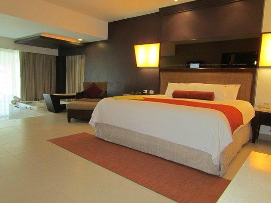 Hard Rock Hotel & Casino Punta Cana: Master bedroom in presidential suite room 200