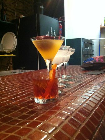 Domino Bar: Old Fashioned, Martini, Margarita