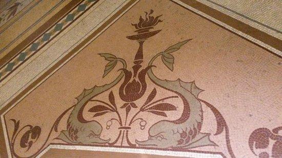 Museo Nacional de Arqueología de Irlanda: Pretty mosaics throughout the museum
