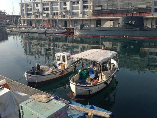 Old Port (Porto Antico) : Лодочки