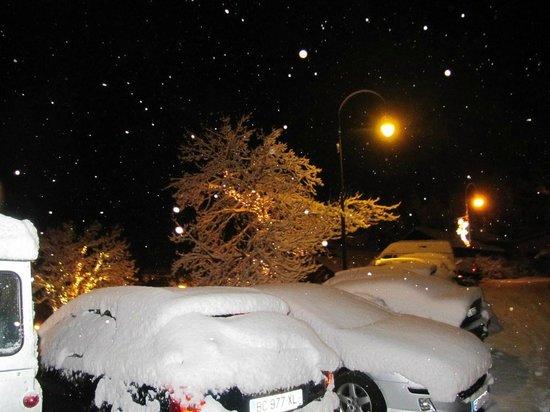 St Martin de Belleville: Snow and nightfall