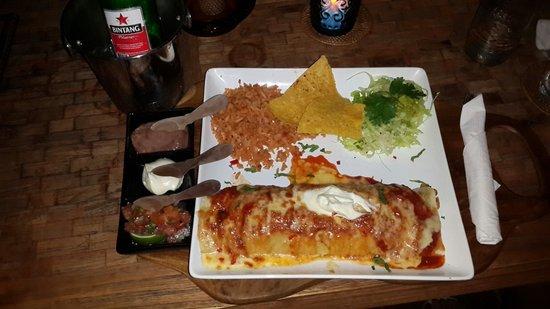 La Mexicana: Killer burrito