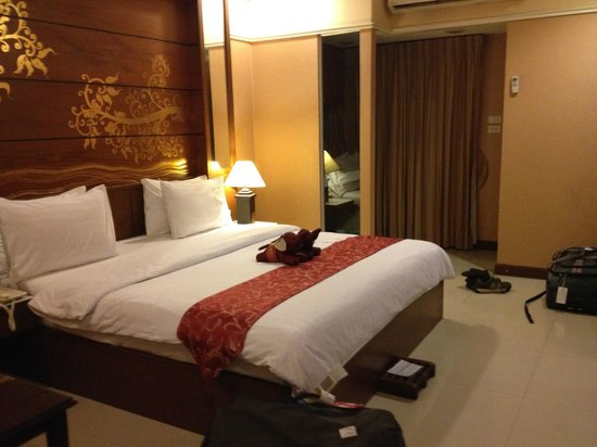 Mariya Boutique Residence at Suvarnabhumi Airport: Our room on arrival