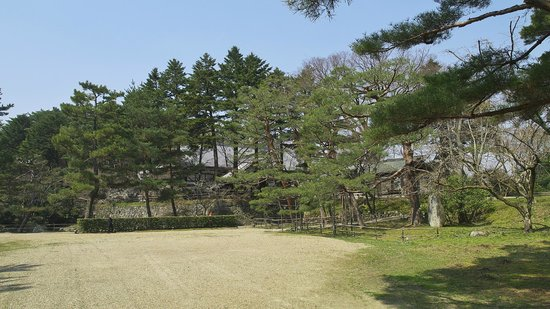 ‪Kameyama Castle Remains‬