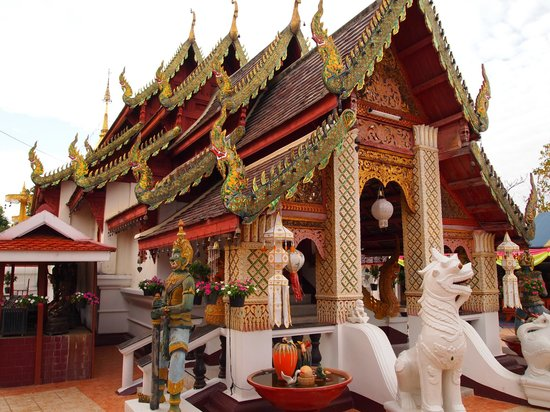 wat - Picture of Wat Phra That Doi Kham (Temple of the ...