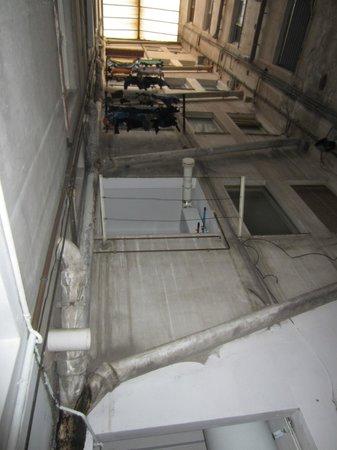 Mediterranean Barcelona Youth Hostel: vista dalla camera