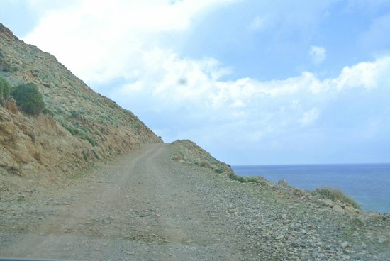 Balos Beach and Lagoon : This is the road up to Balos. Very rocky and narrow in parts, with steep cliffs. No guard rails.