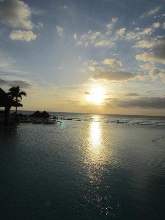 The Westin Lagunamar Ocean Resort: Pool and beach
