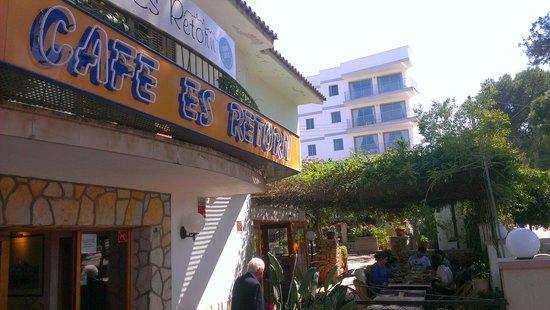 Es Retorn Cafe