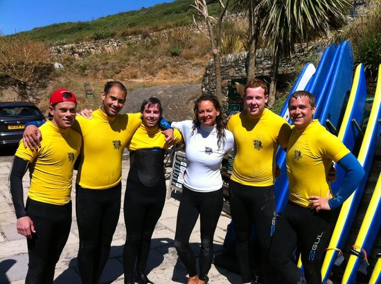 Croyde, UK: Vicky and a very happy summer group