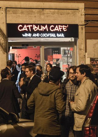 Cat Bum Cafè Wine and Cocktail Bar