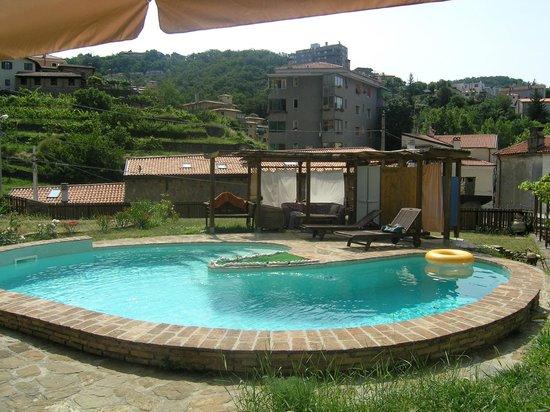 B&B Alla Casa Sconta: Der kleine aber feine Pool