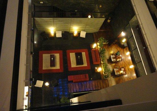 Four Points By Sheraton Montevideo: Hall de entrada, visto do corredor dos quartos