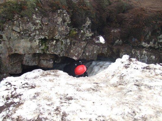 Leidarendi Cave