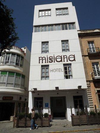 Hotel Misiana: hotel frontage