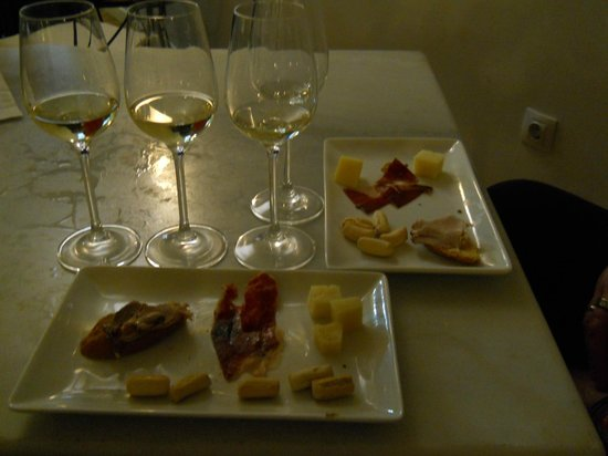 Bodegas Tío Pepe: sherry and tapas