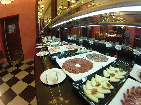 Salles Hotel La Caminera Golf & Spa Resort: Desayuno