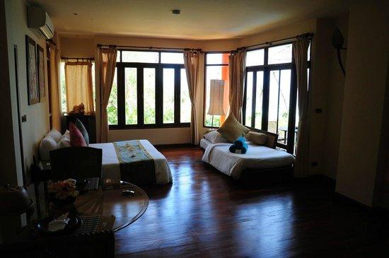 Phi Phi Island Village Beach Resort : Hillside Pool Villa