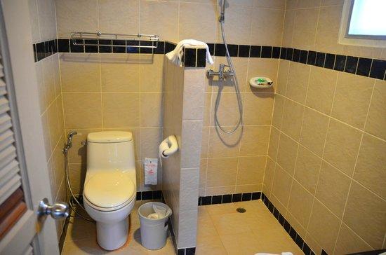 PP Casita: シャワーとトイレ