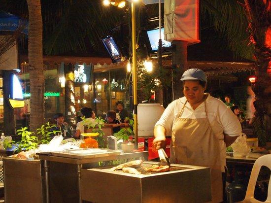 food on the street next to jomtien beach