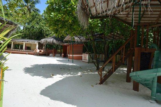 Anantara Dhigu MaldivesResort: территория