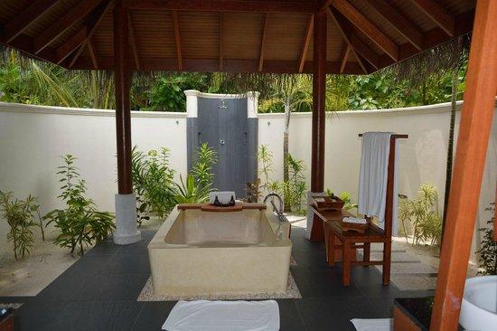 Anantara Dhigu MaldivesResort: ванная комната