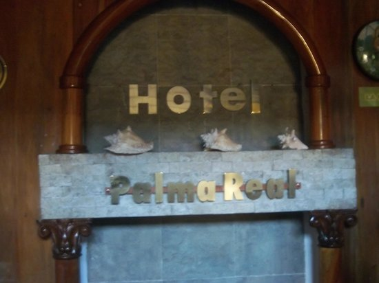 Palma Real Beach Resort & Villas : Hotel sign