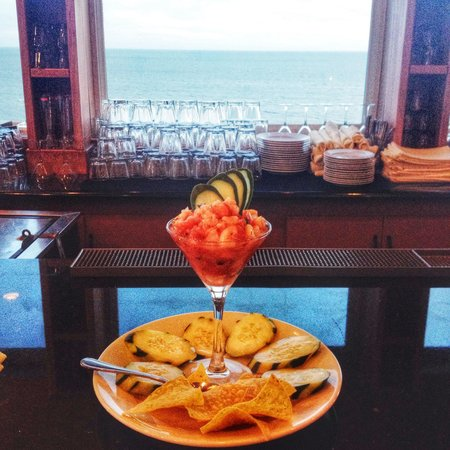 Island View Restaurant: Shrimp ceviche at Island View!