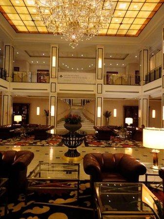 Maritim Hotel Berlin: hotel foyer