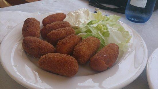 Los Almendros Restaurante: croquetas de jamón