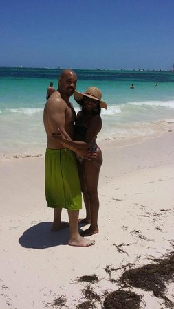 Paradisus Palma Real Golf & Spa Resort : Us on the beach